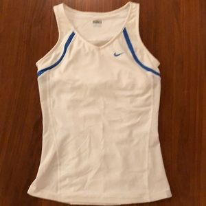Nike FIT DRY Tank Top • Ladies • size S • White
